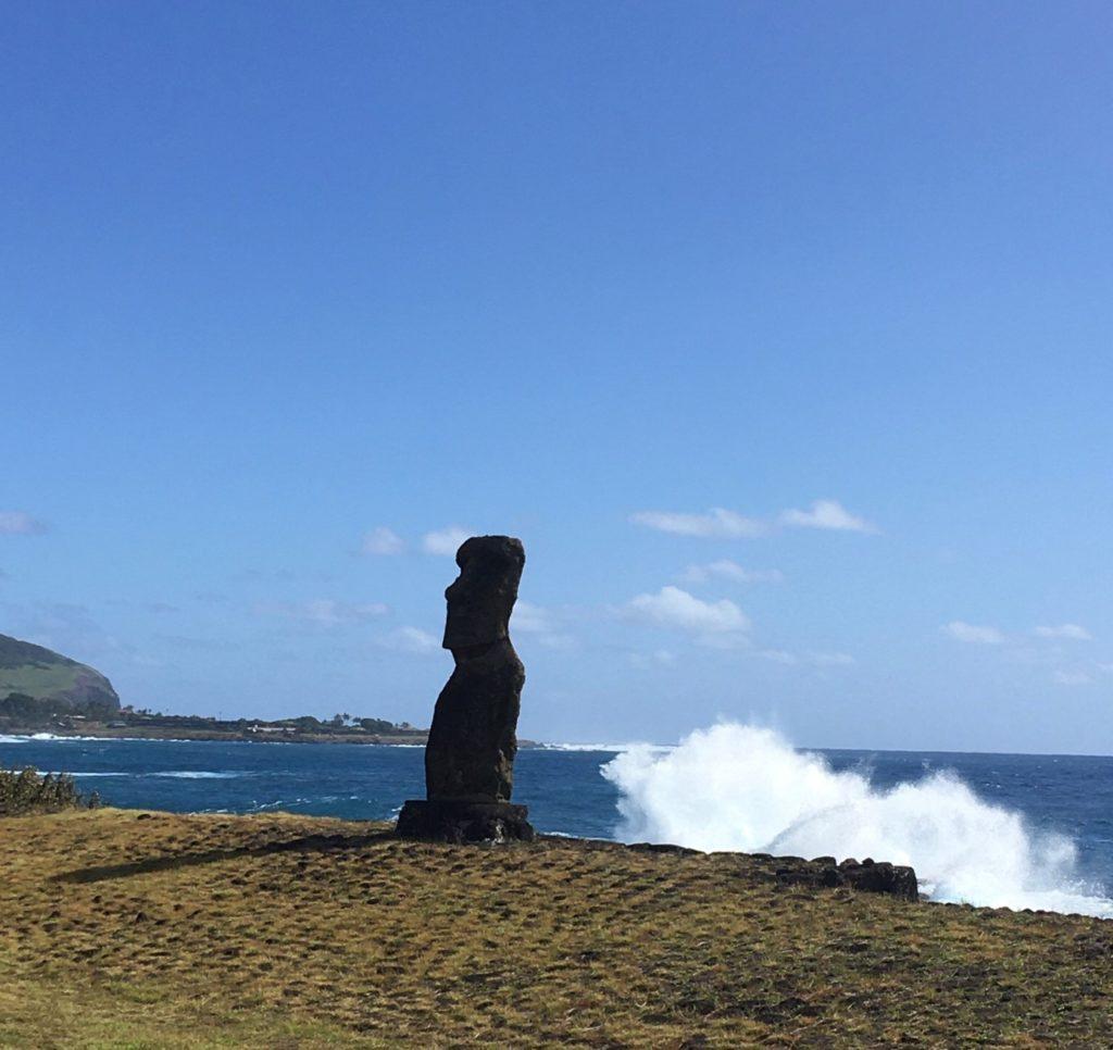 74ebillet| Les sculptures de pierre, ou moais, de l'Ile de Pâques 1 Fran  oise Revol OQuin FrancescArts francoiserevol oquin