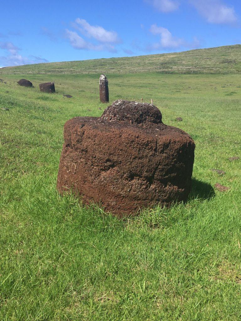 74ebillet| Les sculptures de pierre, ou moais, de l'Ile de Pâques 11 Fran  oise Revol OQuin FrancescArts francoiserevol oquin