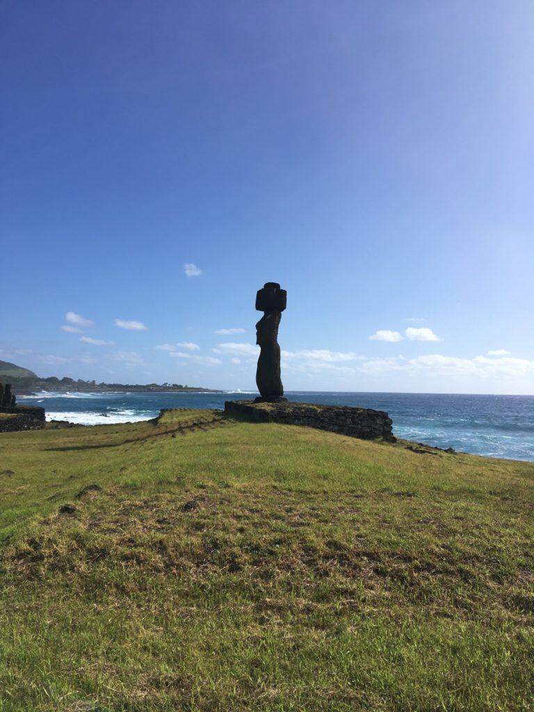 74ebillet| Les sculptures de pierre, ou moais, de l'Ile de Pâques 12 Fran  oise Revol OQuin FrancescArts francoiserevol oquin