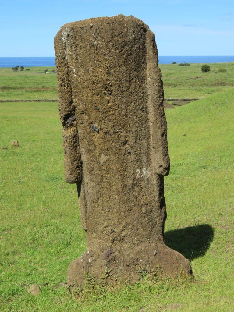 74ebillet| Les sculptures de pierre, ou moais, de l'Ile de Pâques 13 Fran  oise Revol OQuin FrancescArts francoiserevol oquin
